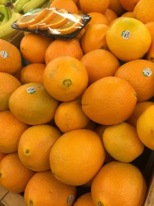 Navel oranges to add Vitamin C and sweetness into our juice
